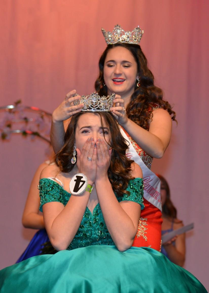 Raelyn crowning 2
