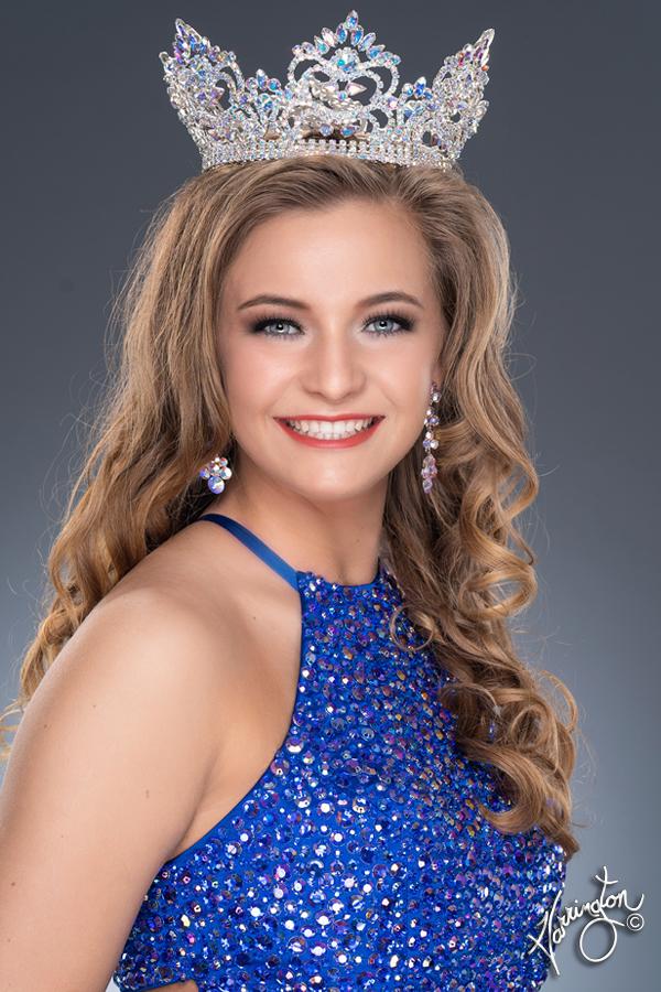 Miss Edwardsburg 2019_Carlee.jpg